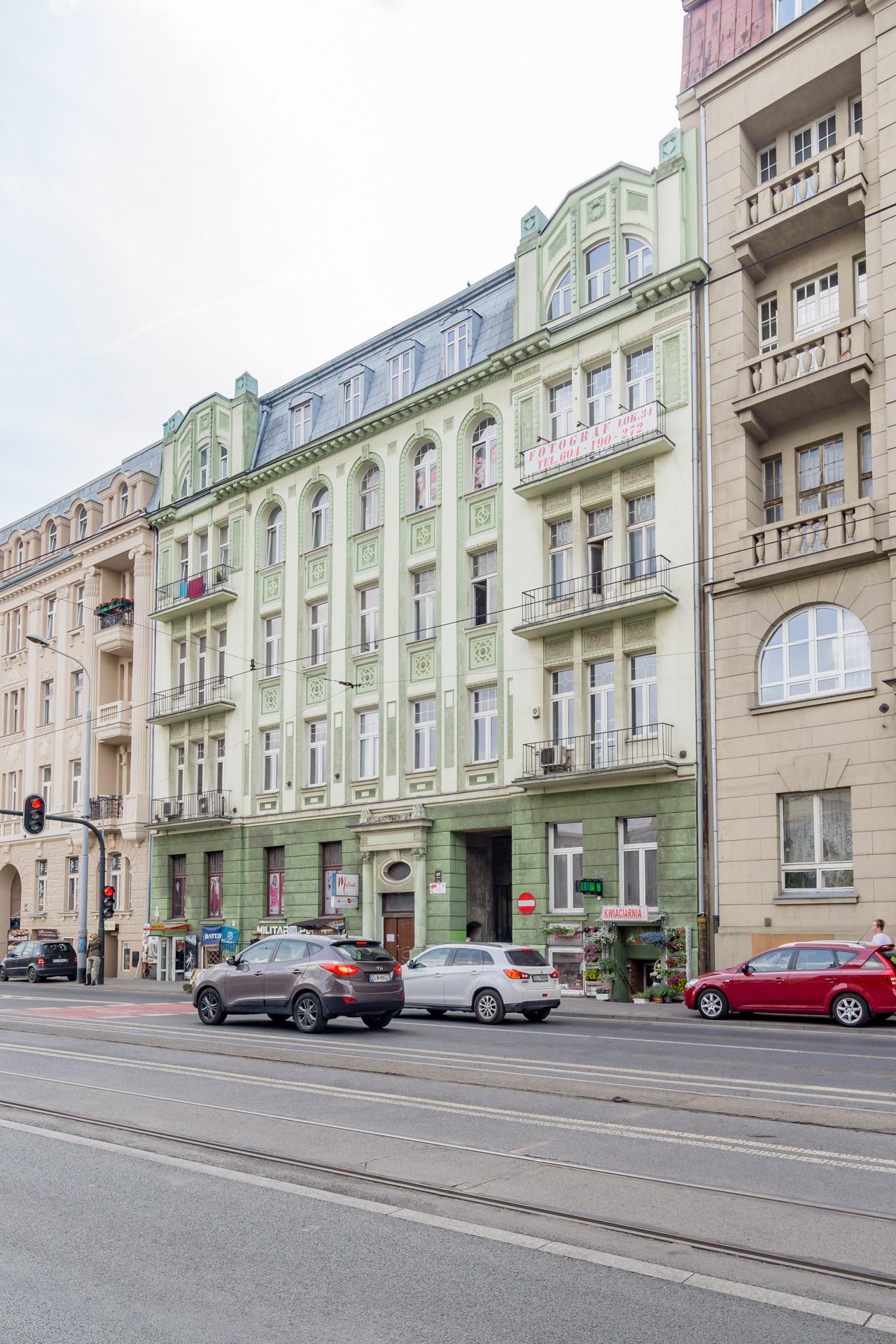 Przed renowacją - Kamienica przy Operze ul. Narutowicza 47
